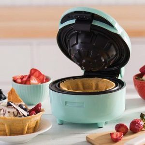Dash Waffle Bowl Maker review