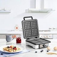 Top 5 Big & (Extra) Large Waffle Makers To Buy In 2020 Reviews